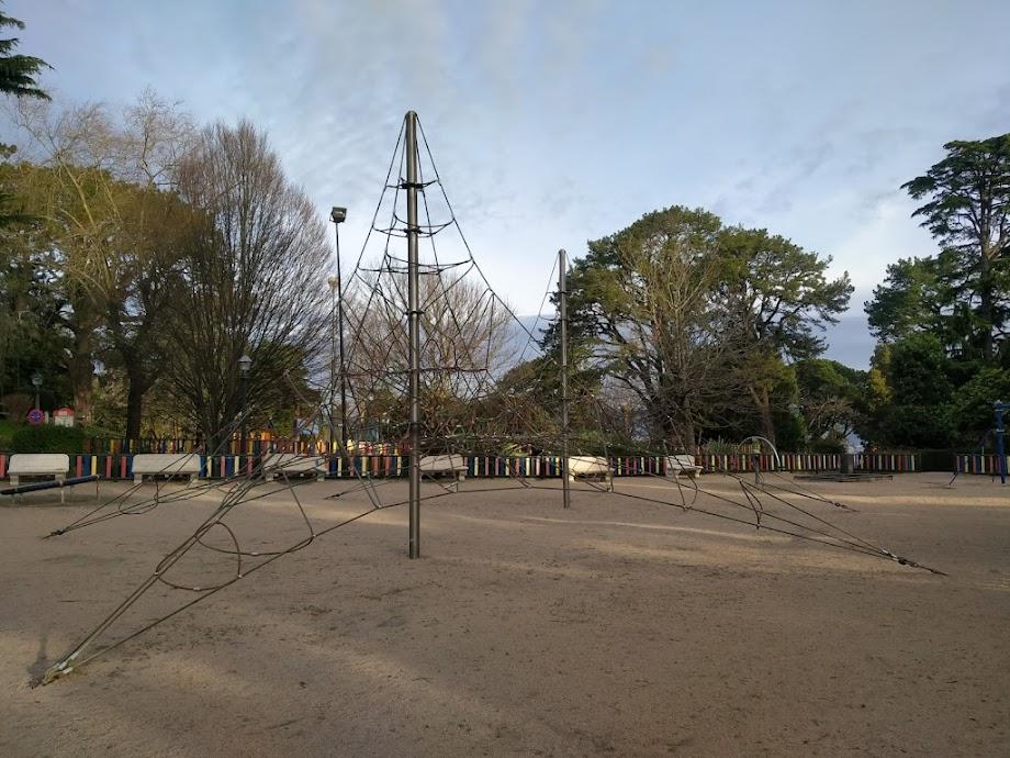 Foto Parque infantil O Castro 6