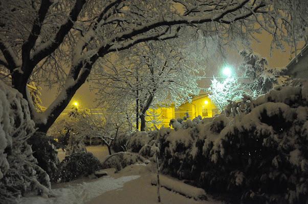 La neve illumina la notte di lcanest