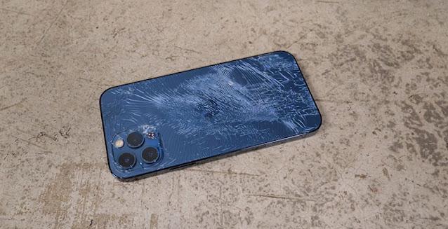 مقارنة iPhone 12 و iPhone 12 Pro
