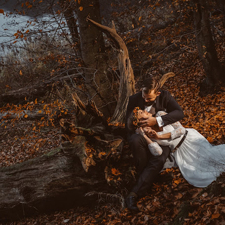 Wedding photographer Marcin Łabędzki (bwphotography). Photo of 13.12.2017