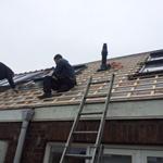 Photo: stalen constructies zoals trappen, dakpannen, all in a days work