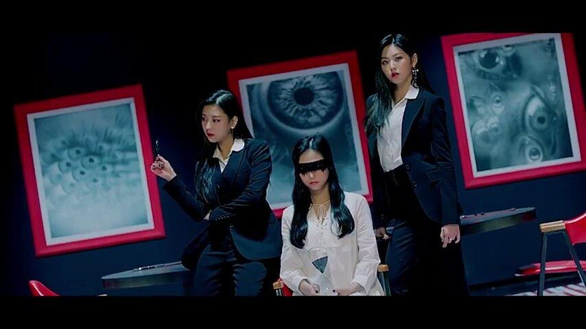 yeeun blindfold 1