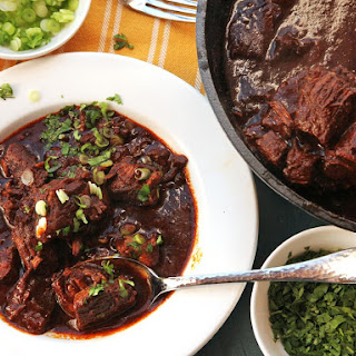 1-Hour Pressure Cooker Texas-Style Chile Con Carne.