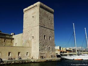 Photo: FRANCE-La tour du Roi René, Le Fort Saint-Jean à Marseille.