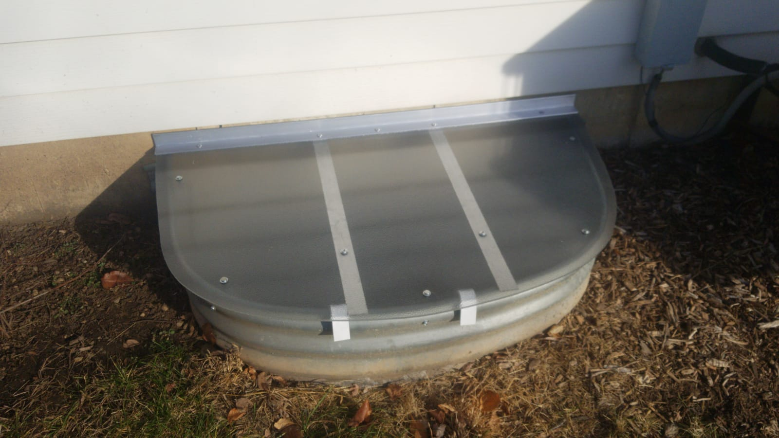 Naperville, IL-HandyManny Custom Window Well CoversNaperville, IL-HandyManny Custom Window Well Covers