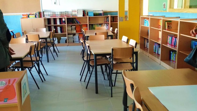 Tres aulas cerradas en Almería.