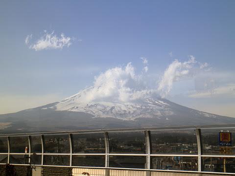 JR東海バス「新東名スーパーライナー11号」 744-04993 車窓 その2「富士山」