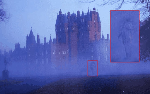 Aparición fantasmal afuera del Castillo Glamis
