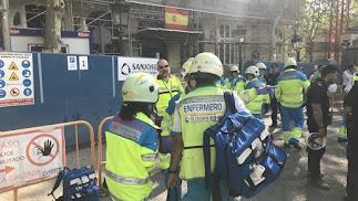 Imágenes de Emergencias 112 Madrid en las actuaciones en el accidente.