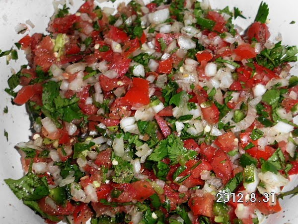 http://www.justapinch.com/recipes/sauce-spread/salsa/pico-de-gallo-7.html?p=2 If any liquid accumulates, be sure to drain before adding to cheese.  You...