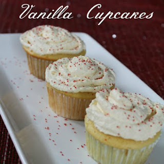 Low Calorie Vanilla Cupcakes - 9 Weight Watcher PointsPlus®