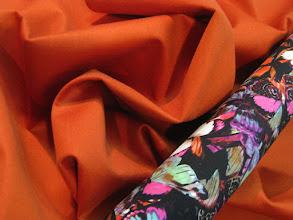 Photo: Ткань: пальтовая (50% кашемир,50% неопрен), ш. 145 см., цена 9000р. Ткань: плательная (97% вискозар, 3% эластан), ш. 140 см., цена 4600р.