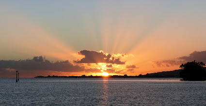 Photo: Good Morning, Tahiti!