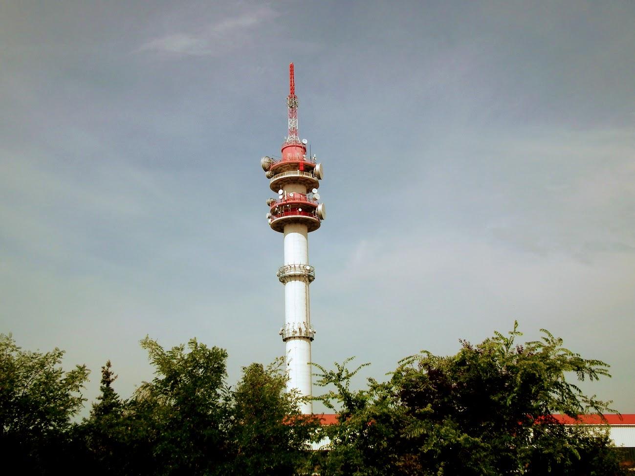 Békéscsaba/Almáskert, Ferlsőnyomás -  TV-URH körzeti adóállomás