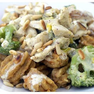Tangy and Creamy Chicken & Broccoli Sauce.