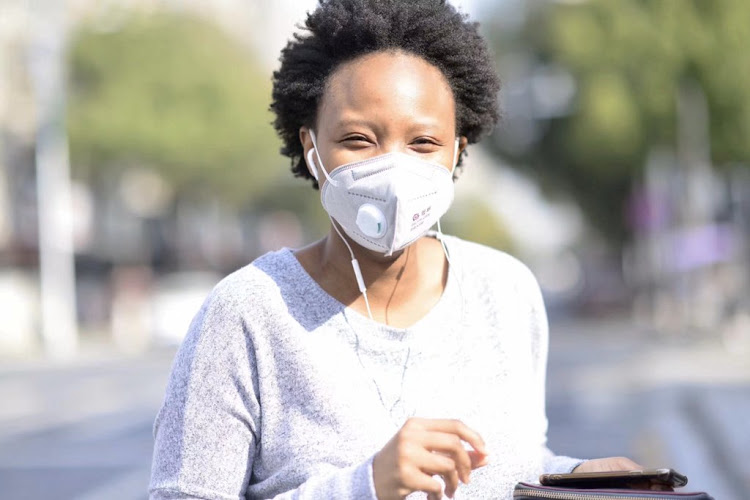 Slindile Mhlongo, a South African living in China, took to Twitter on Tuesday to share how she was dealing with the pandemic.