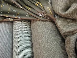 Photo: Ткань:Кашемир жаккардовый ш.140см.цена 6000руб.                                 Коллекция Armani                            Ткань :Атлас стрейч натуральный шелк ш.140см.цена 4000руб.               Коллекция D@G