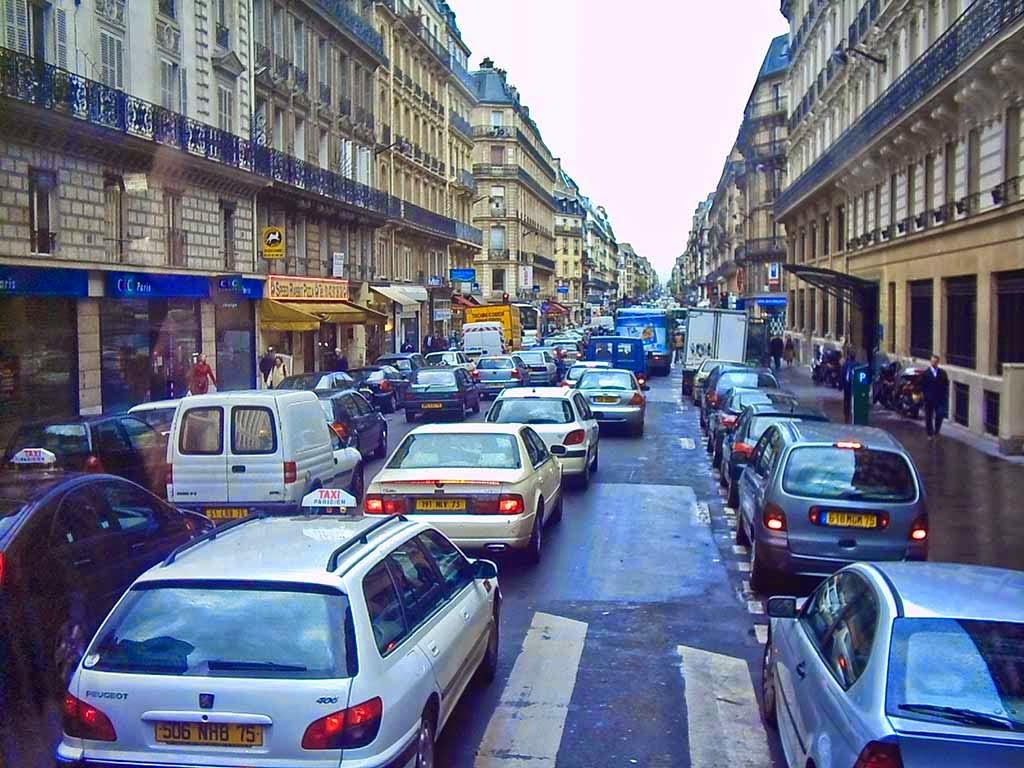 Photo: Paris rush hour.