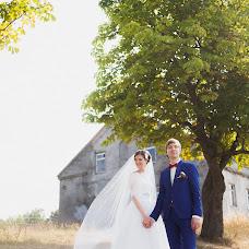 Wedding photographer Vladimir Nikolaychik (LiFEFOTO). Photo of 31.10.2015