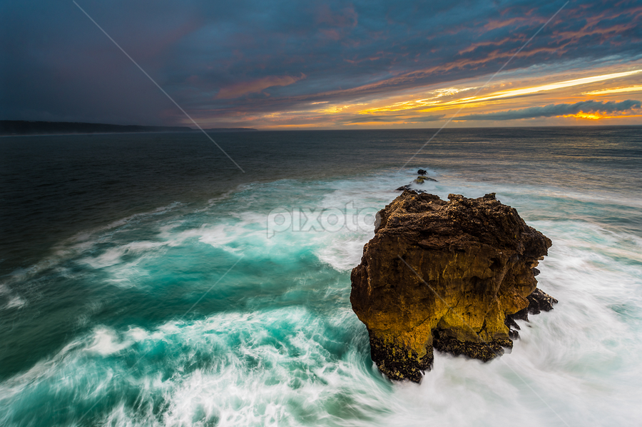 The Storm by Simone Angelucci - Landscapes Waterscapes ( nazaré, waves, d600, ocean, portugal )