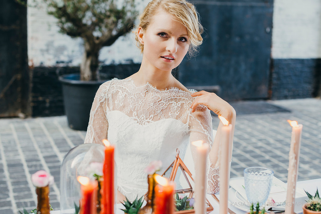 Copper botanical urban wedding inspiration shoot