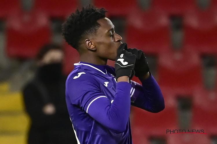 Sambi Lokonga sur le départ cet hiver, direction la Serie A?