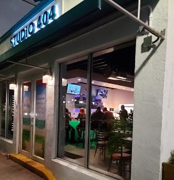 Studio 404 Frozen Daiquiri Bar & Cafe