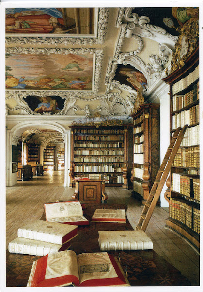 Photo: Austrian library (source unknown)