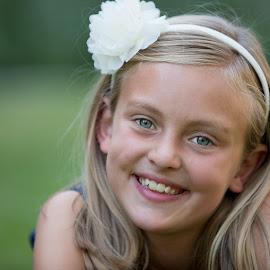 Nice Smile by Craig Lybbert - Babies & Children Child Portraits ( happy, blonde, portrait, girl, child, smile,  )
