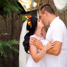 Wedding photographer Viktoriya Rur (Vicktoria). Photo of 07.08.2018