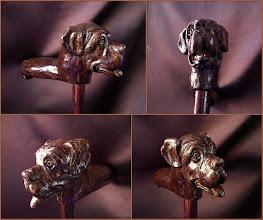Photo: Bastón perro. Talla en madera. Woodcarving.   Para leer algo más en relación con esta obra ir al blog: http://tallaenmadera-woodcarving-esculturas.blogspot.com/2015/11/ocho-bastones.html
