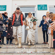 Wedding photographer Olya Bezhkova (bezhkova). Photo of 11.03.2017