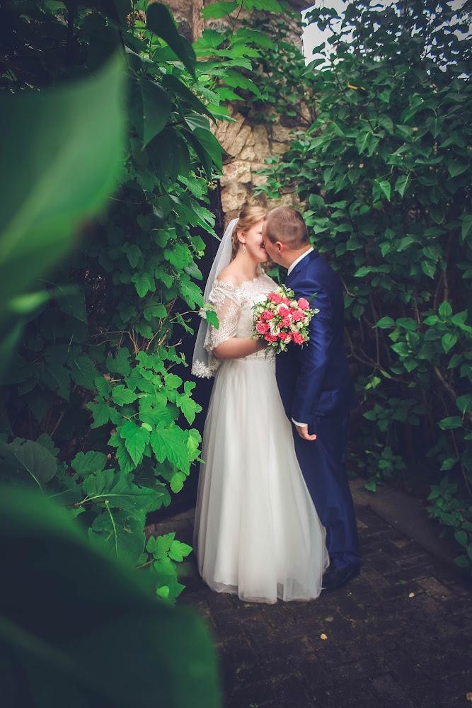 свадебные фотографы пскова так рекомендуется поскольку