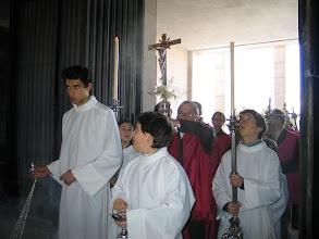 Photo: Páscoa 2008 Entrada das 18 Cruzes á Igreja das Antas