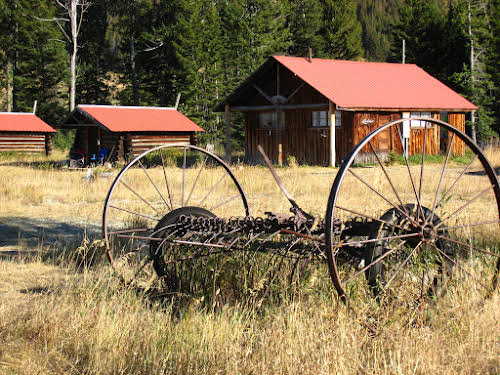 Travel Tips for the USA: Things to Know before Visiting America // Ranch in Montana