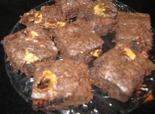 Snicker Brownie Bites