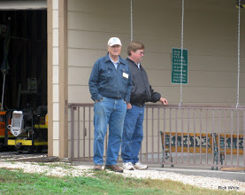 Photo: Dennis Cranston and Gary Brothers.   HALS Run Day 2009-1121
