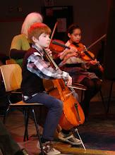 Photo: Het FluXus nieuwjaarsconcert 2013 werd georganiseerd samen met Jeugdcultuurfonds Zaanstad. Op het podium een orkest samengesteld uit muzikanten van FluXus, Holland Symfonia, Muziek maakt School en jong talent Tim de Vries - fotografie Gerrit Schoone