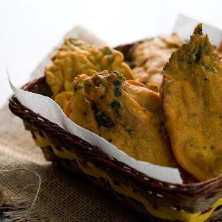 Jute Leaf Fritters / Paat Patar Bora (পাট পাতার বড়া) Recipe