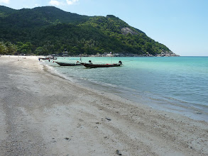 Photo: Ko Phangan - Bottle beach, completely deserted and quiet, in accommodations there were about 5 people and same amount on the beach, great place to chill out, read book and swim, water here is OK for swimming! (althought not so clean as westerner beaches)