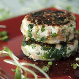 Turkey-Spinach Burgers With Sweet Soy-Ginger Sauce