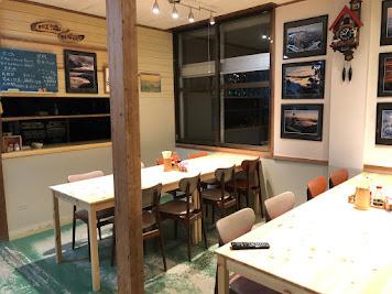 剣山山頂ヒュッテ雲海荘の食堂