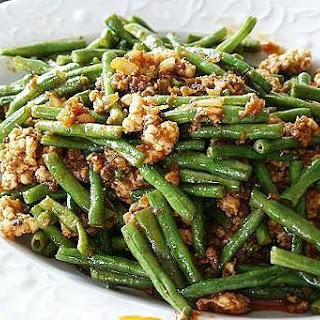 Spicy Long Beans with Minced Chicken