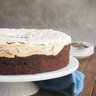 Meringue Cake With Chocolate Cream Recipes