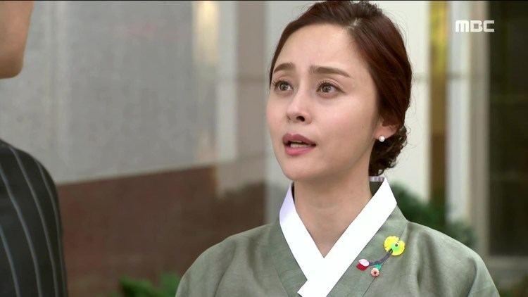 woo-hee-jin-2e58b095-43ea-4c5e-a918-aa090ff26a1-resize-750