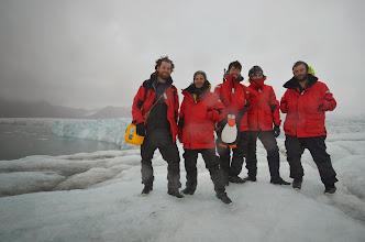 Photo: Une équipe de marin sur le glacier ! pour une petite rando tranquile