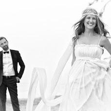 Wedding photographer Grigoris Leontiadis (leontiadis). Photo of 21.01.2016