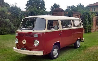 Volkswagen T2 Bay Window 9 Posti Rent Lombardia