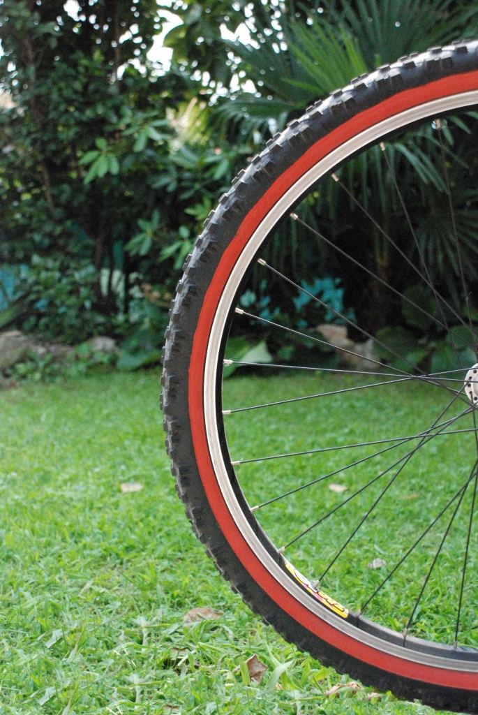 """""""C"""" di ciclista di fotografone"""