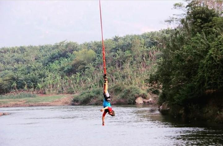 Bunge Jumping kece di Bandung